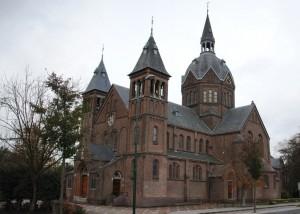 De uit 1896 daterende Meerburgkerk.