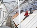 Wat het renovatieproject in Veenendaal extra bijzonder maakt, is het gebruik van een - door Weijman zelf ontwikkelde - doorwerktent. Hierbinnen kan geconditioneerd worden gewerkt aan een complete woning.