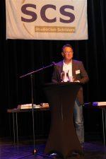 Gert Jan Nijsse, voorzitter van de jury, geeft uitleg over de vakwedstrijd.