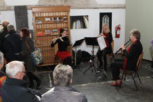 Muzikale omlijsting tijdens de expositie in de Martinikerk.