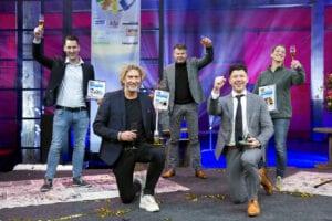 Winnaars bij elkaar, met (vlnr) Renko van Foeken, Hans Luiken, Menno Boelens, Ruben van der Kruis en Petra Baartman